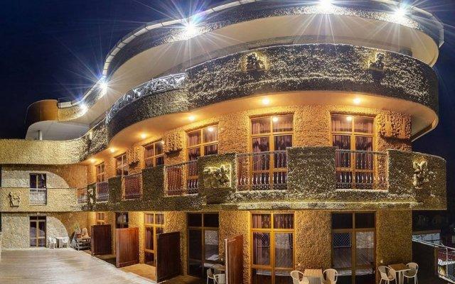 Гостиница Астарта вид на фасад
