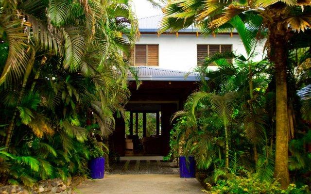 Отель De Vos - The Private Residence вид на фасад