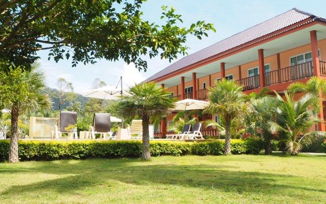 Отель Peaceful Resort Koh Lanta Ланта вид на фасад