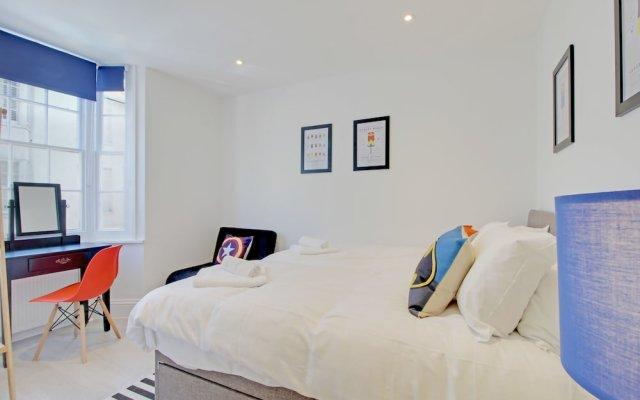 Отель Brighton Getaways - Brighton's BIG House комната для гостей