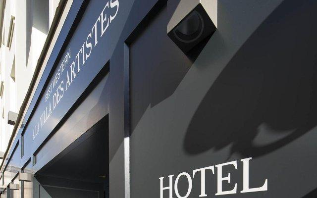 Отель Hôtel A La Villa des Artistes вид на фасад