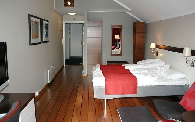 Отель HUMMEREN Сола комната для гостей