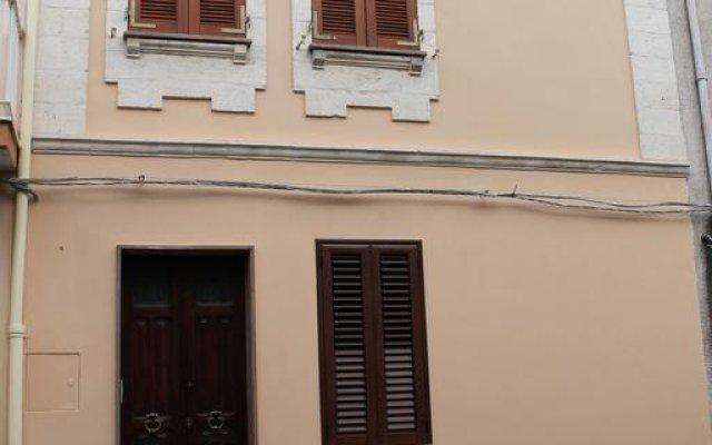 Отель B&B Danonna Сассари вид на фасад