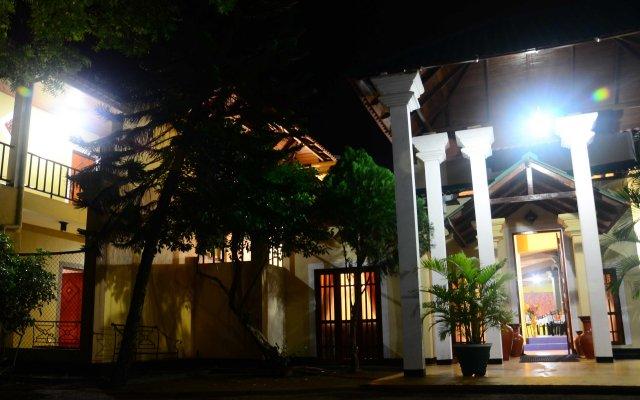 Отель Samorich Hotel Шри-Ланка, Тиссамахарама - отзывы, цены и фото номеров - забронировать отель Samorich Hotel онлайн вид на фасад