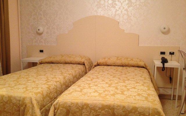 Отель Adriatico Италия, Венеция - отзывы, цены и фото номеров - забронировать отель Adriatico онлайн комната для гостей