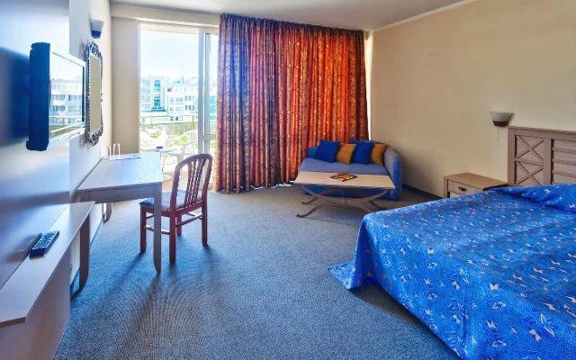 Отель DAS Club Hotel Sunny Beach Болгария, Солнечный берег - отзывы, цены и фото номеров - забронировать отель DAS Club Hotel Sunny Beach онлайн комната для гостей