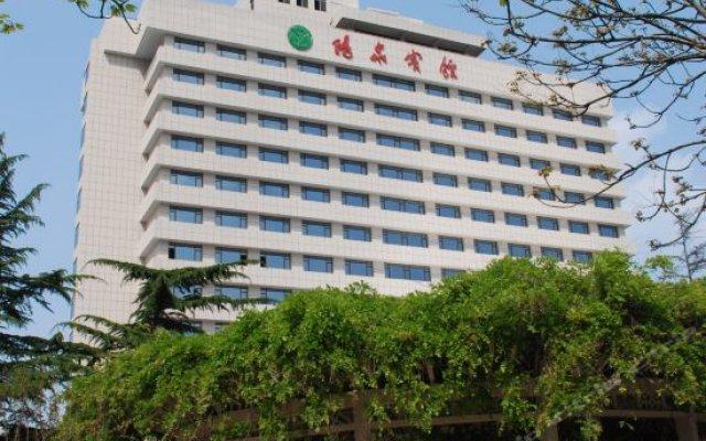 Yang Quan Hotel вид на фасад