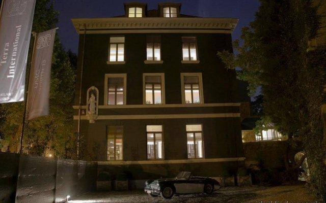 Hotel Le Tissu вид на фасад