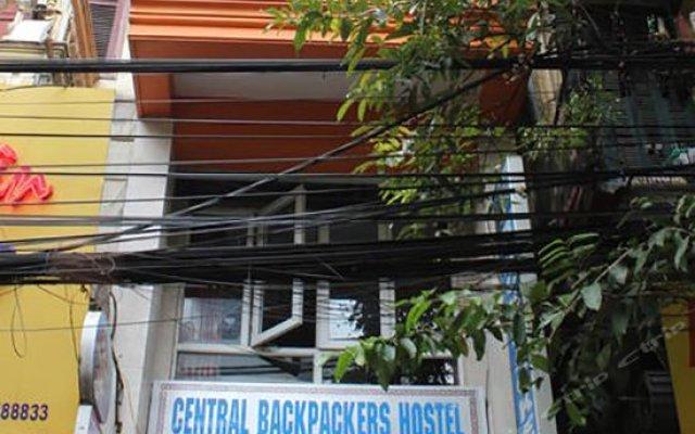 Отель Central Backpackers Hostel Old Quarter Вьетнам, Ханой - отзывы, цены и фото номеров - забронировать отель Central Backpackers Hostel Old Quarter онлайн вид на фасад