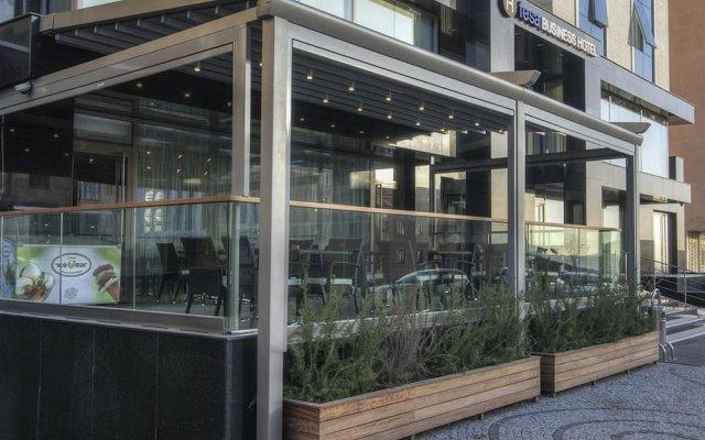 Fesa Business Hotel вид на фасад