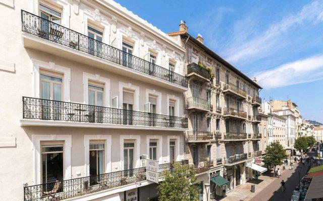 Hotel La Villa Tosca вид на фасад