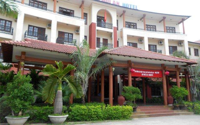 Отель Bach Dang Hoi An Hotel Вьетнам, Хойан - отзывы, цены и фото номеров - забронировать отель Bach Dang Hoi An Hotel онлайн вид на фасад