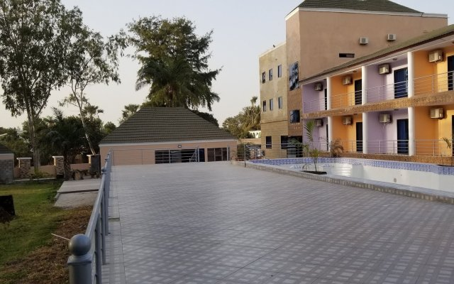 Metzy Residence Hotel in Kololi, Gambia from 71$, photos, reviews - zenhotels.com hotel front