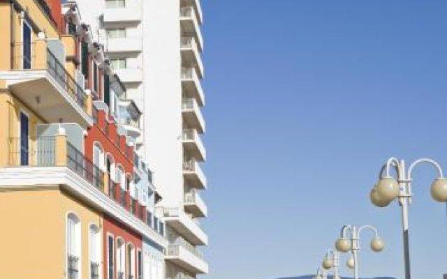Отель Bianchi Hotel & Residence Италия, Порто Реканати - отзывы, цены и фото номеров - забронировать отель Bianchi Hotel & Residence онлайн вид на фасад