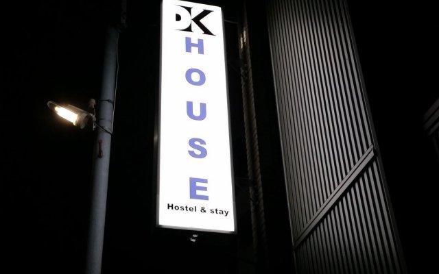 Отель DK House - Hostel Япония, Хаката - отзывы, цены и фото номеров - забронировать отель DK House - Hostel онлайн вид на фасад