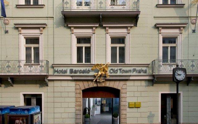Barcel�_ Old Town Praha