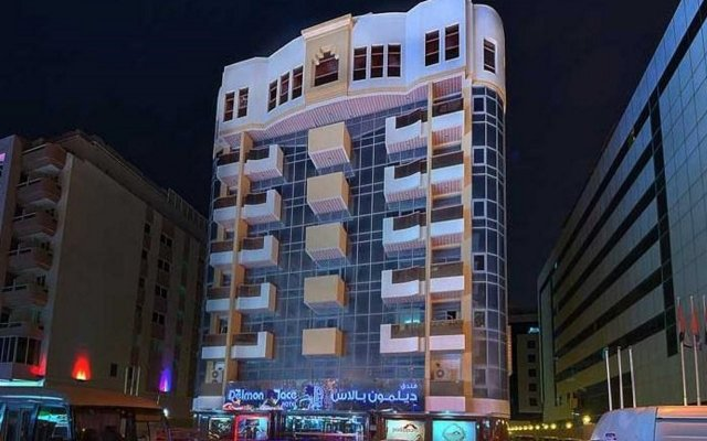 Отель Delmon Palace Дубай вид на фасад
