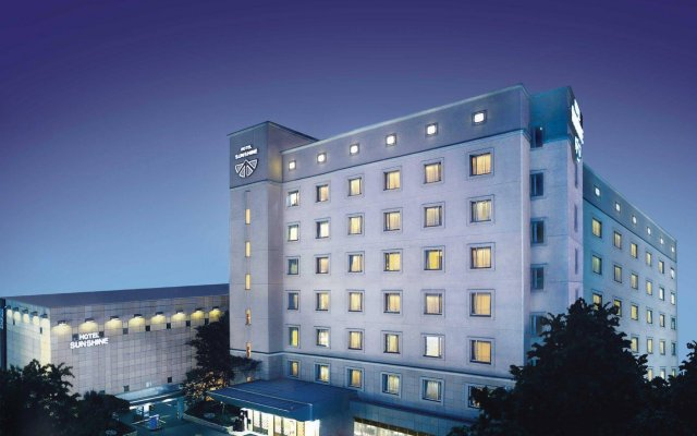 Hotel Sunshine вид на фасад