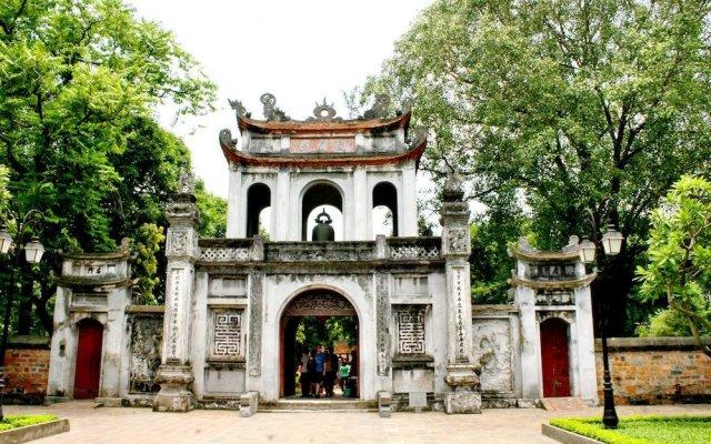 Hanoi Golden Hostel вид на фасад