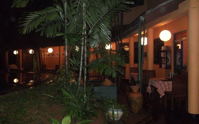 Отель Bavarian Guest House Шри-Ланка, Берувела - отзывы, цены и фото номеров - забронировать отель Bavarian Guest House онлайн вид на фасад