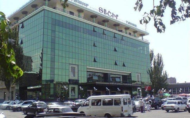 Отель Getar вид на фасад