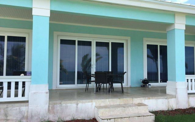Mermaid Reef Villa #2 by Living Easy Abaco