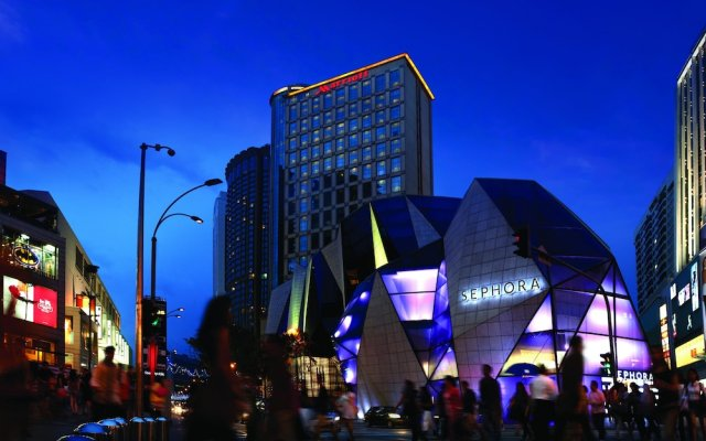Отель JW Marriott Hotel, Kuala Lumpur Малайзия, Куала-Лумпур - отзывы, цены и фото номеров - забронировать отель JW Marriott Hotel, Kuala Lumpur онлайн вид на фасад