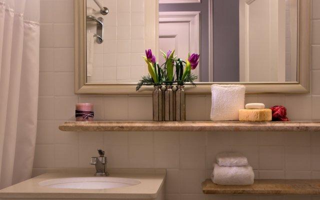 Отель Millennium Biltmore Hotel США, Лос-Анджелес - 10 отзывов об отеле, цены и фото номеров - забронировать отель Millennium Biltmore Hotel онлайн ванная