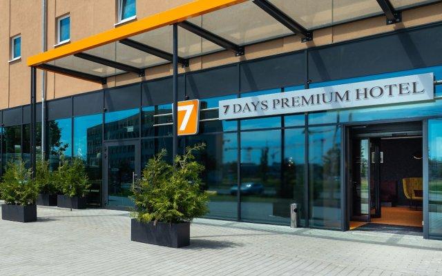 Отель 7 Days Premium BERLIN – Schönefeld вид на фасад