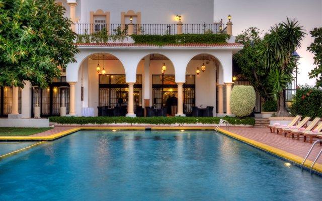 Отель El Minzah Hotel Марокко, Танжер - отзывы, цены и фото номеров - забронировать отель El Minzah Hotel онлайн вид на фасад