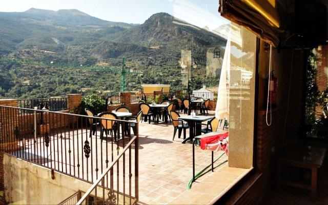 Hotel Rural Mirasierra вид на фасад