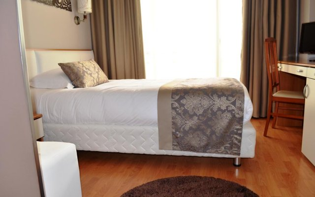 Hotel Arvi 1