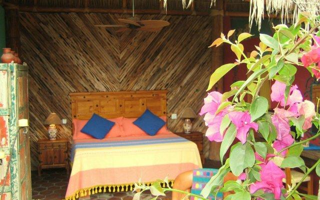 Отель El Nido At Hacienda Escondida - Bed And Breakfast Мексика, Педрегал - отзывы, цены и фото номеров - забронировать отель El Nido At Hacienda Escondida - Bed And Breakfast онлайн комната для гостей