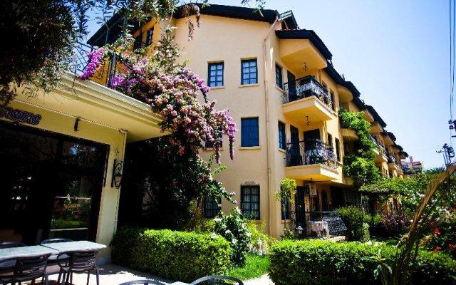 Апартаменты T & G Apartments вид на фасад