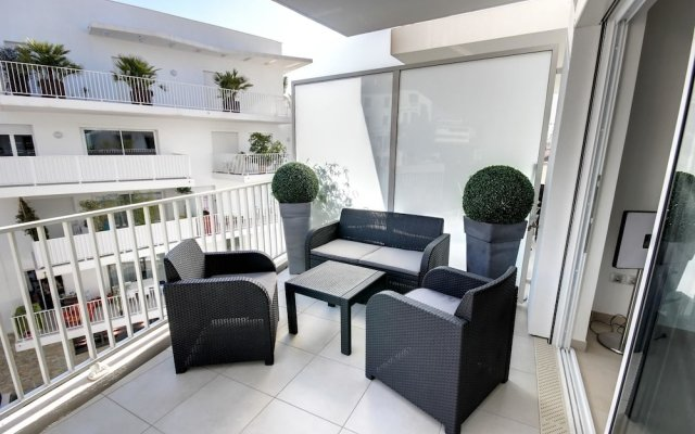 Apartment With 2 Bedrooms in Cannes, With Wonderful City View, Furnish 1