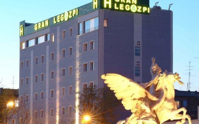 Hotel Gran Legazpi вид на фасад