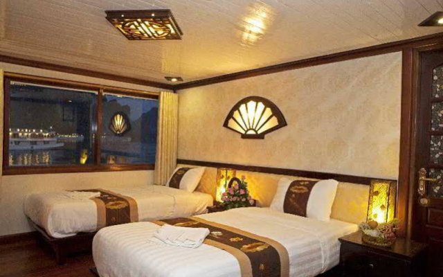 Отель Marguerite Junk комната для гостей