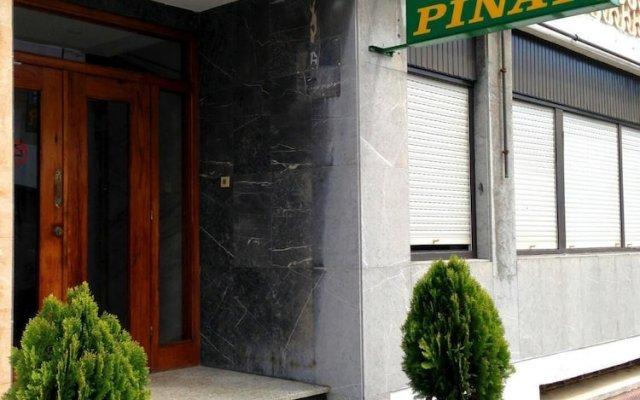Отель Pinar Somo Surf Испания, Рибамонтан-аль-Мар - отзывы, цены и фото номеров - забронировать отель Pinar Somo Surf онлайн вид на фасад