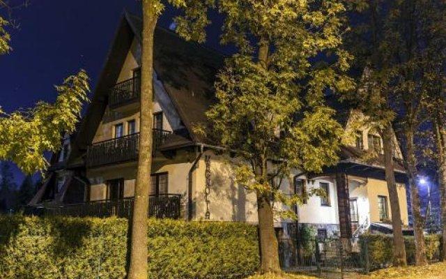 Отель Magnolia Закопане вид на фасад