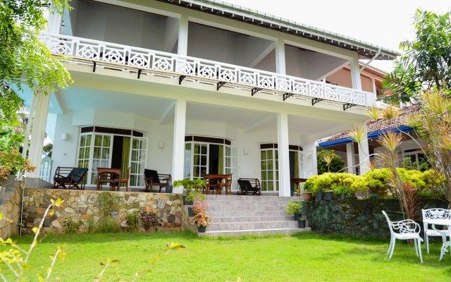 Отель Laluna Ayurveda Resort Шри-Ланка, Бентота - отзывы, цены и фото номеров - забронировать отель Laluna Ayurveda Resort онлайн вид на фасад