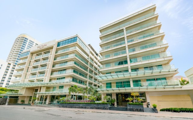Отель Centara Grand Phratamnak Pattaya вид на фасад