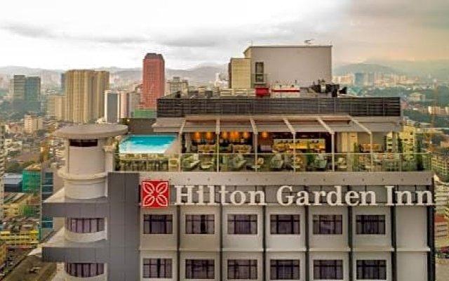 Отель Hilton Garden Inn Kuala Lumpur Jalan Tuanku Abdul Rahman South вид на фасад