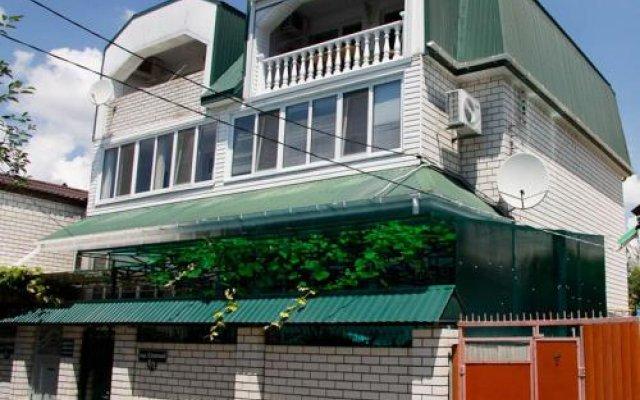 Гостиница Guest house KTO в Анапе отзывы, цены и фото номеров - забронировать гостиницу Guest house KTO онлайн Анапа вид на фасад