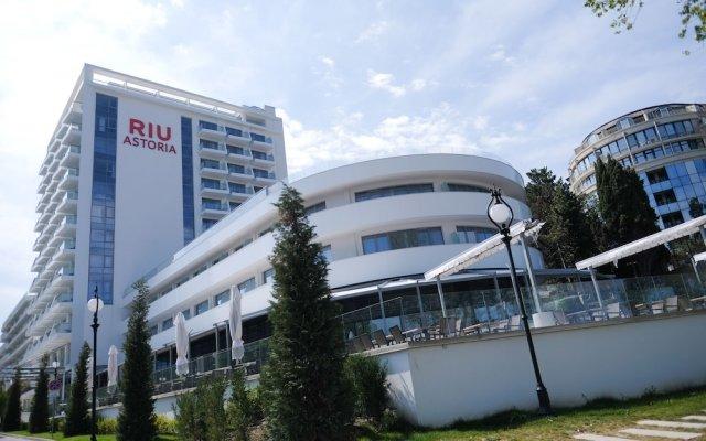 Отель RIU Hotel Astoria Mare - All Inclusive Болгария, Золотые пески - отзывы, цены и фото номеров - забронировать отель RIU Hotel Astoria Mare - All Inclusive онлайн вид на фасад
