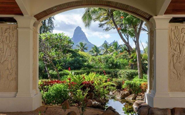 Отель Hilton Mauritius Resort & Spa вид на фасад