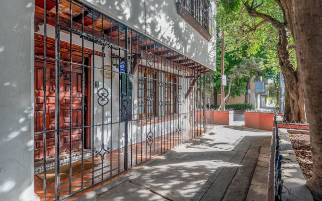 Отель Finca Coyoacan Мексика, Мехико - отзывы, цены и фото номеров - забронировать отель Finca Coyoacan онлайн вид на фасад