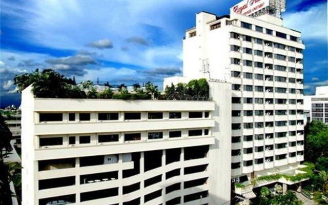 Отель Royal Suite Residence Boutique Бангкок вид на фасад
