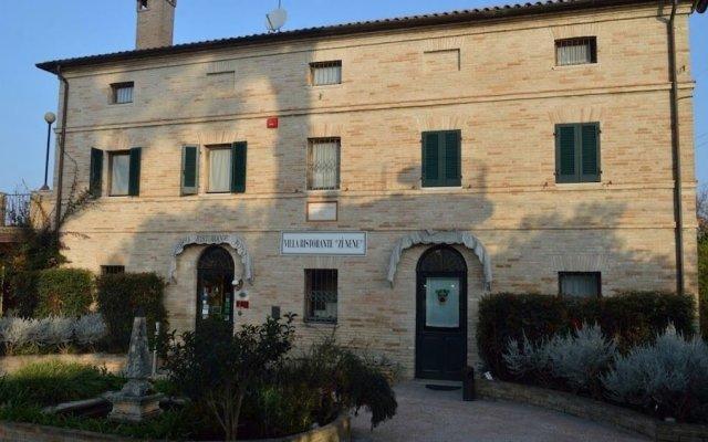 Отель Zi Nene Villa Tetlameya Италия, Лорето - отзывы, цены и фото номеров - забронировать отель Zi Nene Villa Tetlameya онлайн вид на фасад