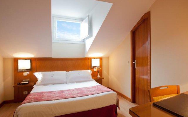 Отель Ateneo Puerta del Sol комната для гостей
