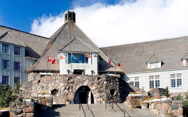 Отель Timberline Lodge США, Паркдейл - отзывы, цены и фото номеров - забронировать отель Timberline Lodge онлайн вид на фасад